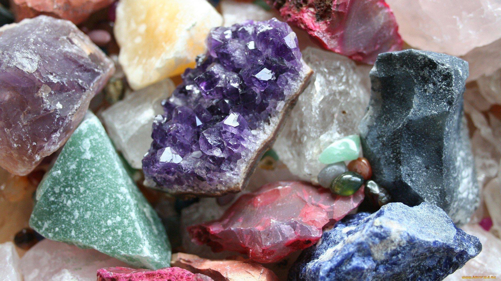 Камень кварц фото